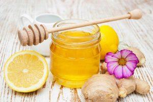 Cách chữa viêm họng bằng gừng và mật ong