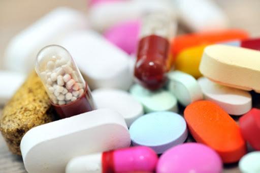 Sử dụng thuốc Tây y phải tuân theo chỉ định của bác sĩ