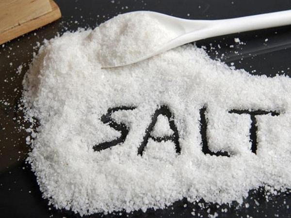 Hạn chế cho trẻ ăn muối