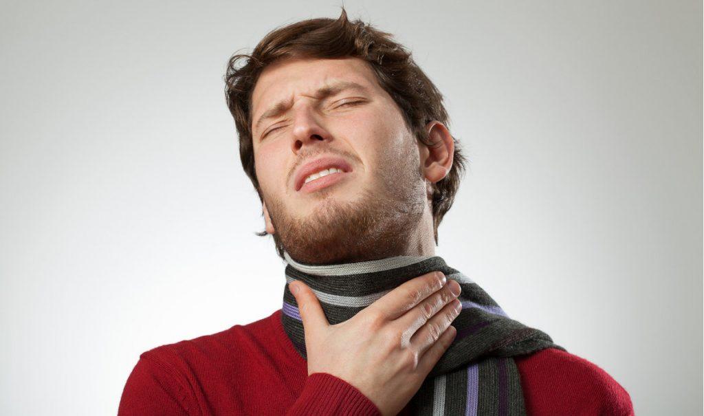 Viêm amidan có mủ có thể gây nhiều biến chứng nguy hiểm
