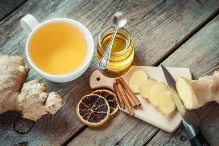 Mẹo chữa viêm họng hạt bằng mật ong và gừng khỏi trong vài ngày