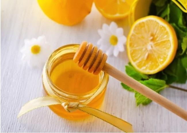 Chữa viêm họng bạch hầu bằng mật ong