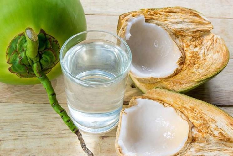 Uống nước dừa rất tốt cho sức khỏe